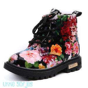 Maat 22 Baby Laarzen Dr Martin met bloemen